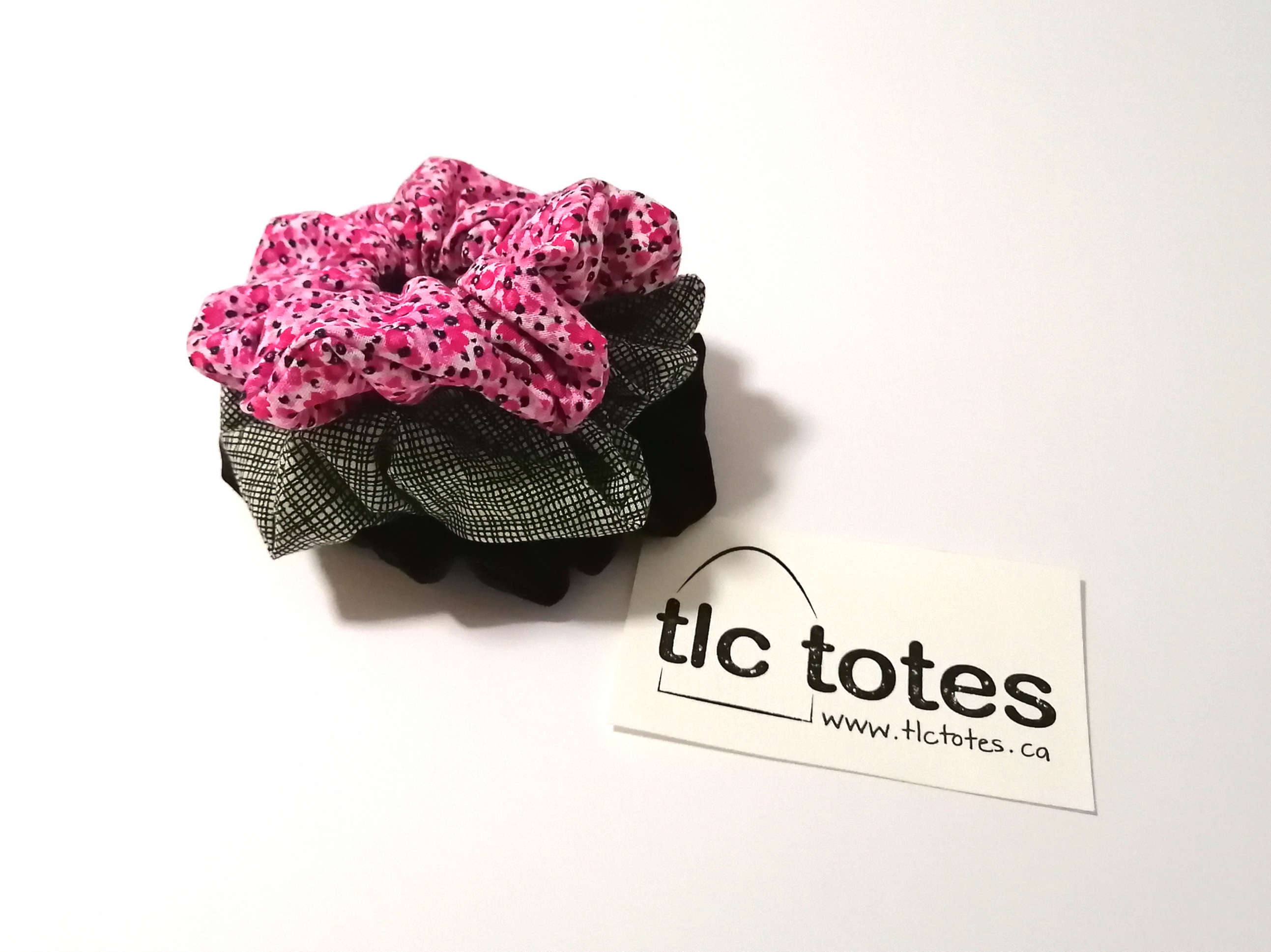 Scrunchies - Solo Pink